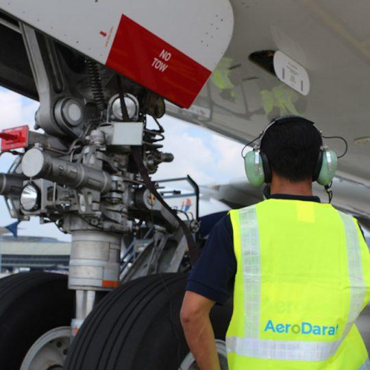 https://www.aerodarat.com/wp-content/uploads/2018/08/Ramp-Services-02-540x540.jpg